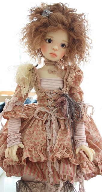 Fantasy | Whimsical | Strange | Mythical | Creative | Creatures | Dolls | Sculptures | Kaye Wiggs Nelly