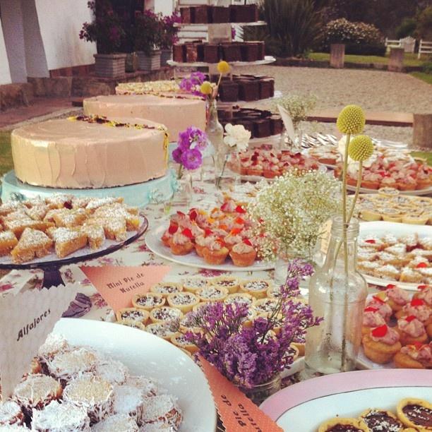 Romantic table by Marie Antoinette que coman pastel