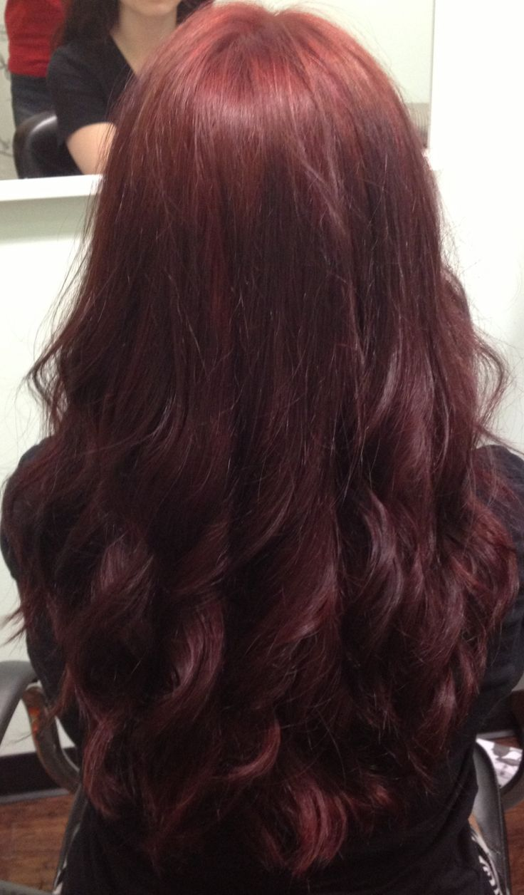 Dark red hair: I would LOVE to have this color hair!