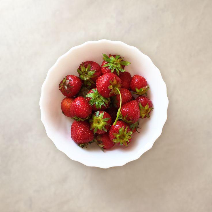 Dziś na deser serwujemy słodkie truskawki dla naszych gości 🍓#truskawki #strawberry #strawberries #food #deser #healthy #healthfood