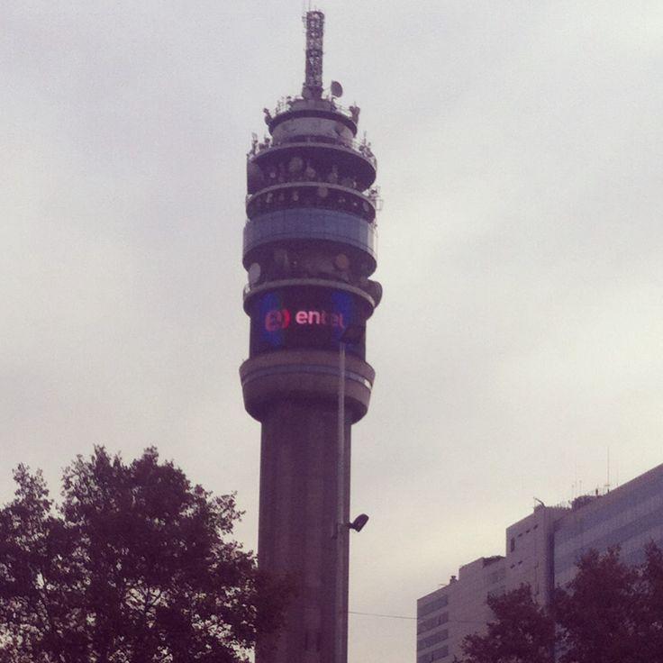 Santiago de Chile, Torre Entel.