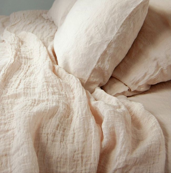 How soft does washed linen look… Especially in a delicate nude colourway. Subscribers can read our Sensuous bedroom report here. Image...