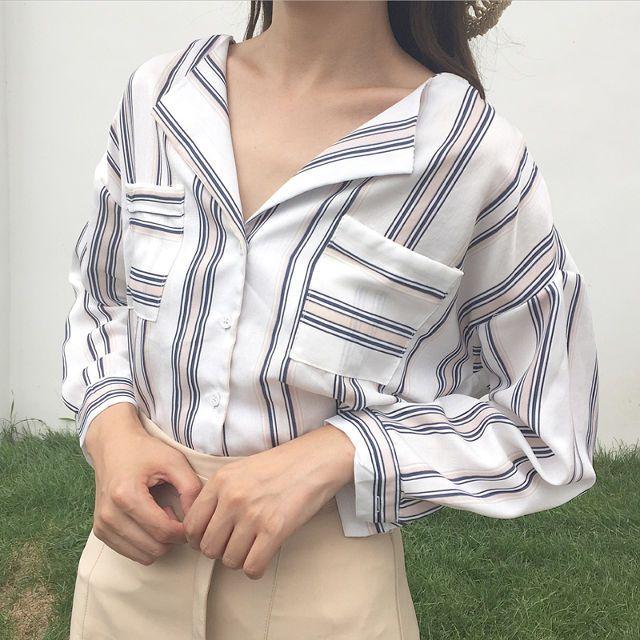 送料込¥2,880 ストライプシャツ オルチャンファッション 韓国ファッション ゆるコーデ 春コーデ | Rayca!