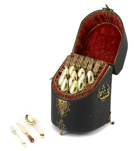 An Assembled George III Sterling Silver Gilt And Agate Mounted Dessert Service For Twelve In Fitted Box The Forks By Hester Bateman Spoons Thomas