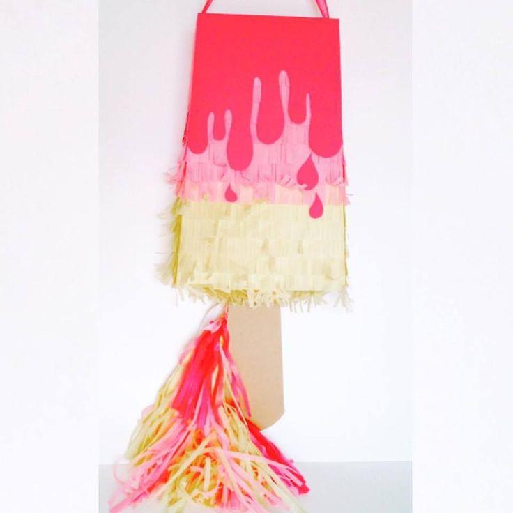 Polo Helado Piñata en rosas y amarillo.  más y más en facebook https://www.facebook.com/ppinatas/