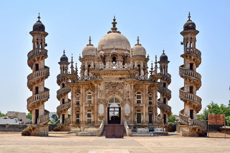World's Beautiful Landscapes.: Mahabat Maqbara, The Historical Landmark Of Junaga...