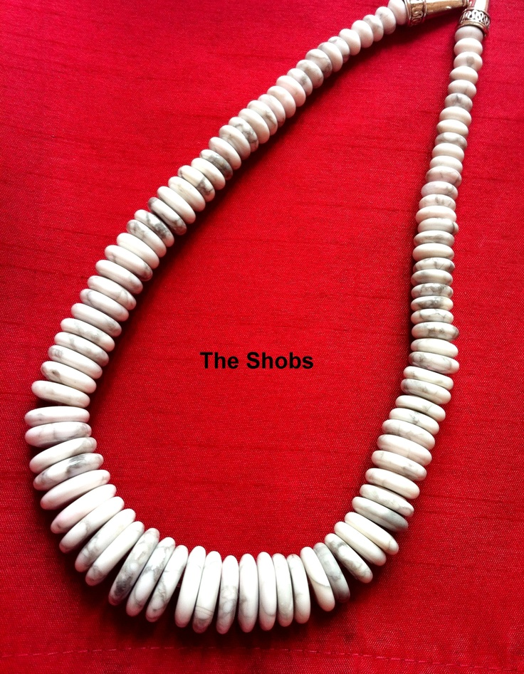 Lovely Howlite Graduated Necklace!  £20