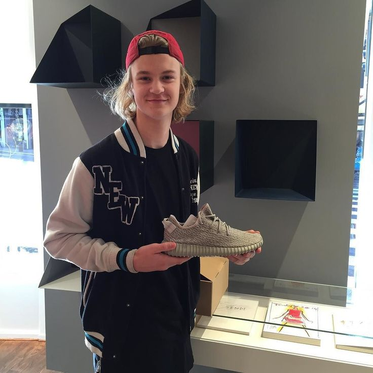 Thank you to all the Yeezy raffle winners who came by Storm this morning #yeezyboost #storm_copenhagen