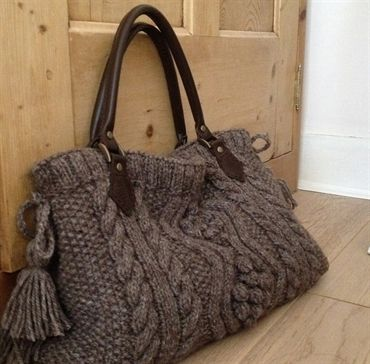 Aran Hand Knitted Handbag With Real Leather Handles Sweater Crafting Pinterest Knitting Bags And Crochet
