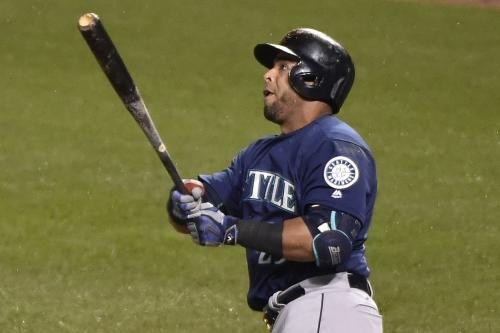Seattle Mariners shortstop Jean Segura and designated hitter Nelson Cruz both left Thursday's game against the Colorado Rockies with…