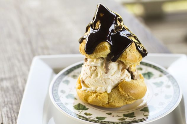 Did you know you can freeze cream puff dough (choux paste) and bake cream puffs from the frozen dough any time you want? It's true. Bake them up and fill those crispy, brown, mostly-hollow poufs with your favourite ice cream then drizzle with warmed hot fudge sauce as the ultimate reward for having a well-stocked freezer. Happiness is a warm cream puff with cold ice cream!