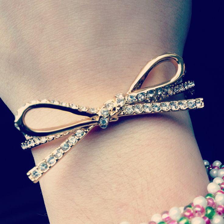 #Bow Bracelet