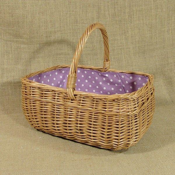 """""""MARYŚKA"""" - Wiklinowy koszyk z obszyciem - wzór (fioletowy z białymi kropkami)"""
