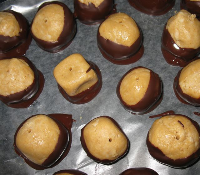 How to Make Buckeye Candies for Mabon: Make a batch of Buckeyes - and keep them chilled while you work, so they don't get squishy!