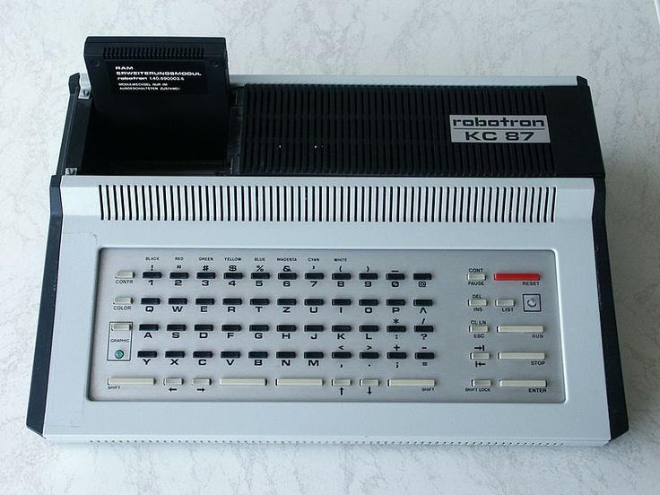 File:Robotron-KC87-2.jpgRetro Computers