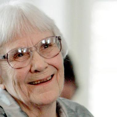 Books: Celebrities react to Harper Lee's death