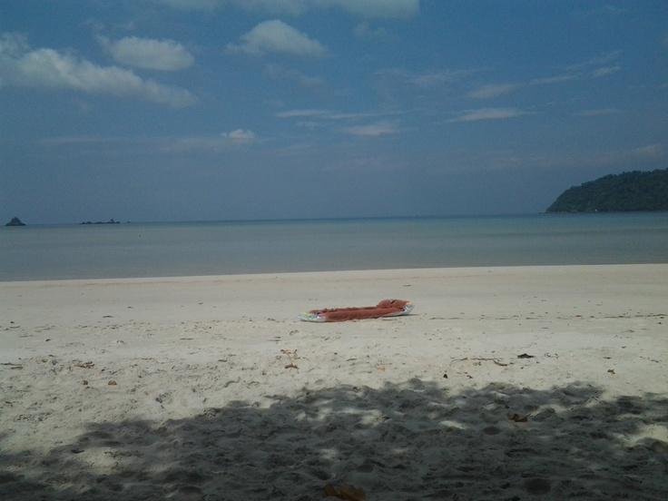 Beach at Koh Payam....I say, Quiet and peacefull