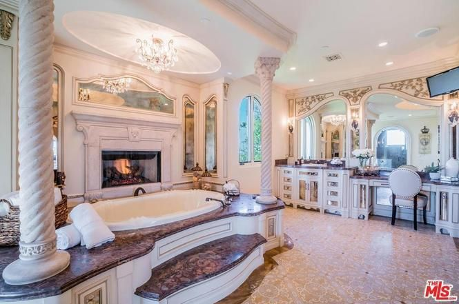 Jeffree Star House, Bathroom Design Luxury, Home And Family
