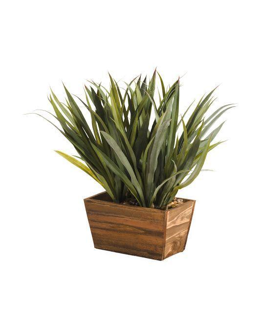 14+ Exquisite Indoor Artificial Plants Succulents Ideas