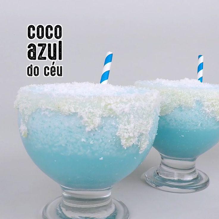 RECEITA COCO AZUL DO CÉU  Num Liquidificador:3 doses de Coco ralado2 doses de Leite Coco4 doses de suco de Abacaxi2 copos de Gelo triturado2 doses de Curaçao Blue2 doses de VodkaBaterDespejar bebida em dois copos baixosDecorar usando:Passe Leite Condensado na borda do copoPasse Coco ralado em volta da borda e um pouco em cima da bebidaCanudoPronto ! Bora beber !!!