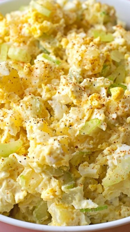 Mom's Classic Potato Salad ~ It's creamy, tangy and absolutely delicious!