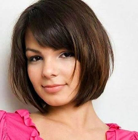 15 Short Bob Haircuts for Round Faces