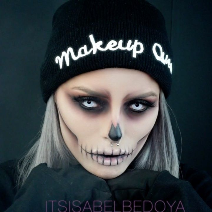 "175.8k Likes, 8,028 Comments - Isabel Bedoya (@itsisabelbedoya) on Instagram: ""Halloween is around the corner! Quick easy and AFFORDABLE makeup look you can rock to any party or…"""