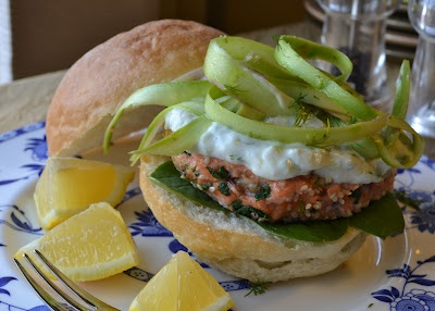 Sesame Seed Encrusted Salmon Burger with Lemon Tzadziki and Asparagus