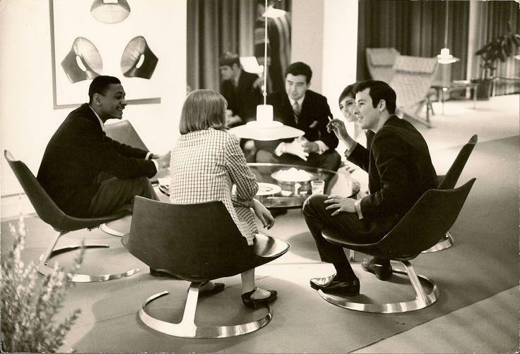 Scimitar table in New York in the 1960s