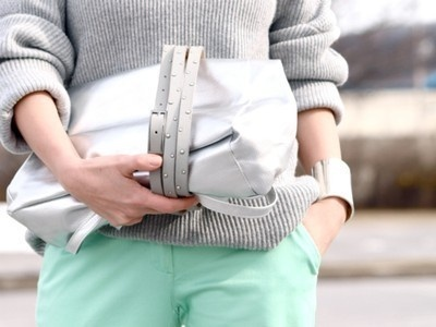 mint + grey: Street Fashion, Bloger Fashion, Gray Matter, Gray As, Belts Bags, Fashion Moda, Colors Schemes, Pastel Colors, Minti Gray