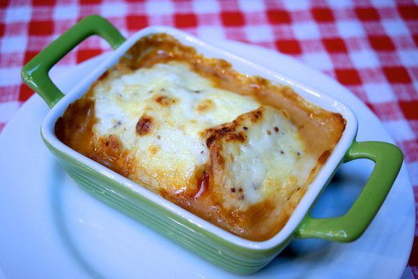 Cheesy potato quorn pot pie - great family friendly recipe for veggie mince