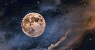 Como si tener la oportunidad de ver la Súper Luna más impresionante de las últimas décadas no fuera...