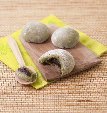 Daifuku mochi au thé vert et pâte de haricots rouges - Recettes de cuisine Ôdélices