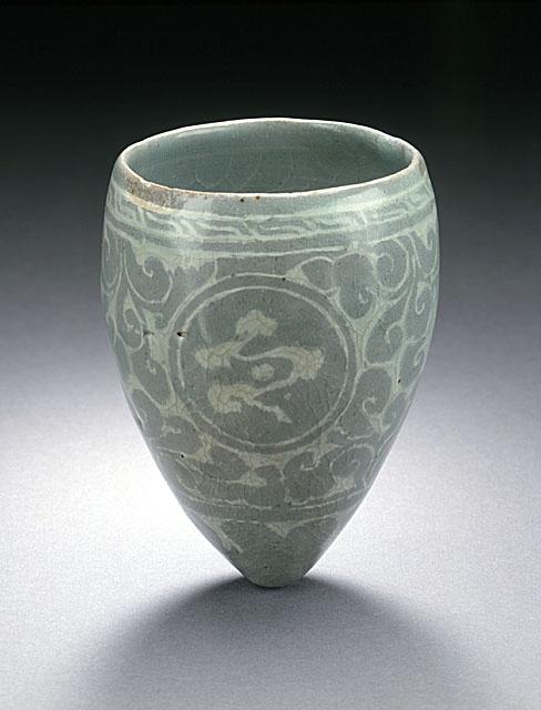 Korea  (Masangbae). Koryo dynasty, 12th century  stoneware