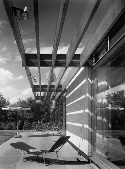 Armstrong House, The Manser Practice #house #steel #timber #louvre #modern #crisp #elegant #minimal #classic #white
