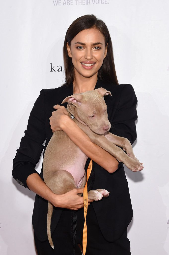 Irina Shayk Photos - ASPCA Young Friends Benefit - Arrivals - Zimbio