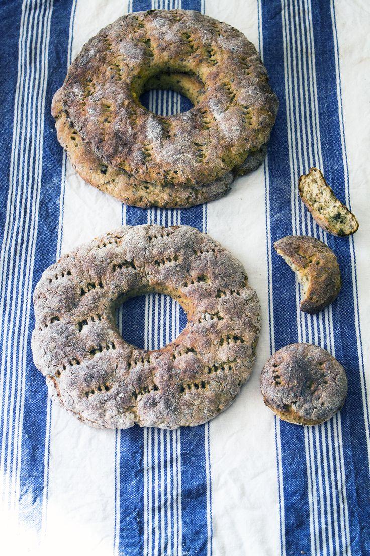 Gluten free rye breads