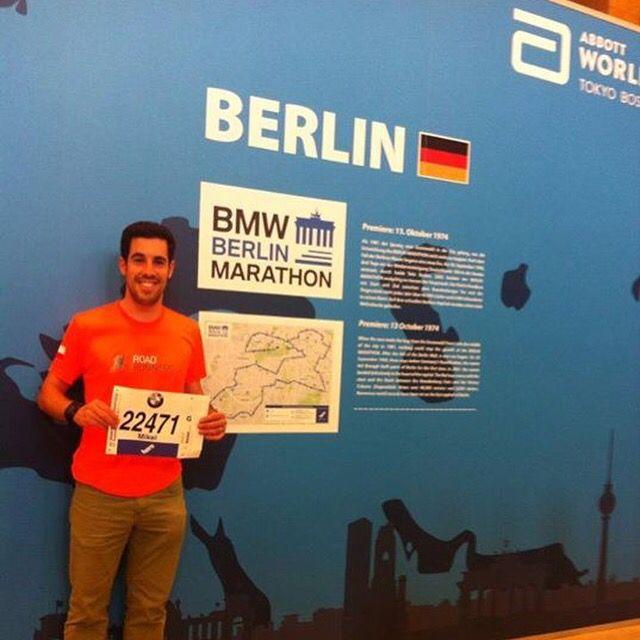 Nuestro socio Míkel López con el número para su tercer maratón y primer major. #GoRunMikel