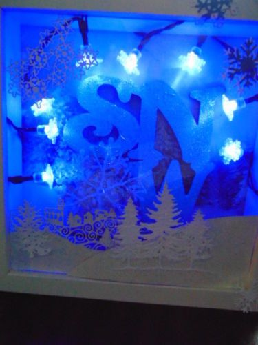 SNOW-scene-Christmas-Box-Light-can-be-Personalised-FREE-Blue-or