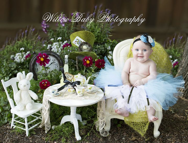 Baby's Fairytale Photoshoot Is Amazing - Alice In Wonderland 6 month baby girl photography at Willow Baby Photography