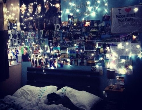 Tumblr room so doing this when i redo my room tumblr for Emo bedroom ideas