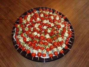 tomato/feta brochettes                                                                                                                                                      Plus
