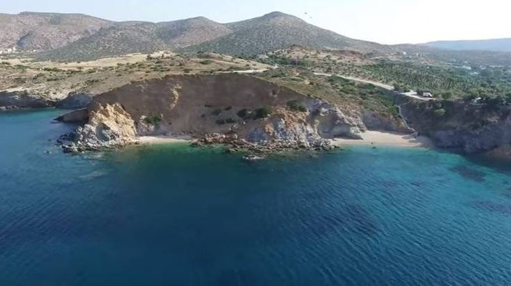 Παραλία ΚΑΠΕ Σούνιο: Η παραλία με τα 99 σκαλοπάτια που σε ταξιδεύει σε Ελληνικό νησί (Vid)