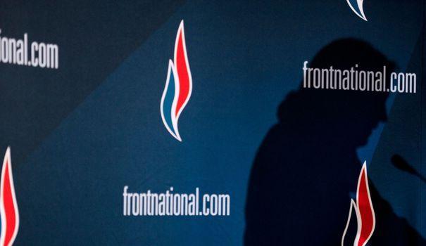 """Les comptes de campagne pour les élections départementales de 2015 du parti de Marine Le Pen ont été """"corrigés"""" cette semaine pour un montant de plus d'un million d'euros par la commission chargée de contrôler les comptes des candidats."""