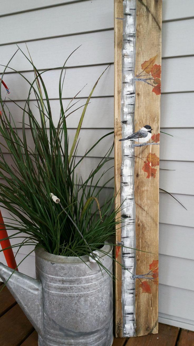 ALTURA caída reclamado madera plataforma arte, abedul blanco carbonero pájaro, altura, reciclado, pintado a mano de la pared arte, apenado, Shabby Chic  Pintura de acrílico original a bordo de plataforma reciclada. Esta pieza única es 5 1/4 x 36 de altura  Ideal para ese espacio de pared delgada.  Todas mis creaciones se hacen de tablas recicladas. Son pintados a mano y se hacen después que se ordenaron. Aunque intento duplicar original tan de cerca como sea posible, puede haber ligeras…