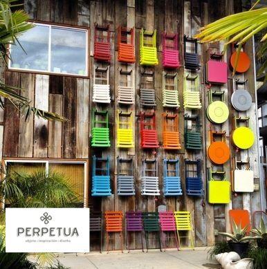 aade un toque de color a tu vida perpetua muebles exteriores jardn