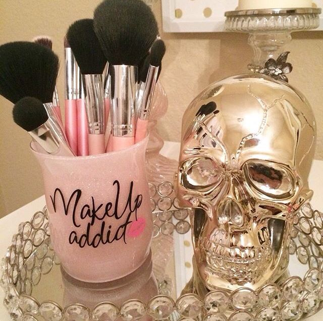 Isn t this absolutely gorgeous  Can t wait for them to launch  Follow   vanity vita  The holders are just gorgeous    I swear they are   vanity vita   vanity. 17 Best ideas about Makeup Vanity Decor on Pinterest   Vanity