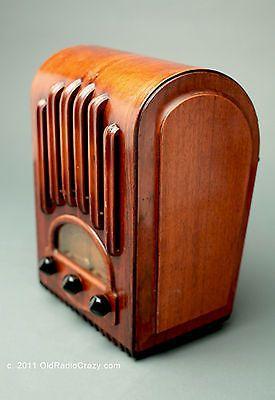 EMERSON AU213 Ingraham Cabinet Tube Radio Art Deco
