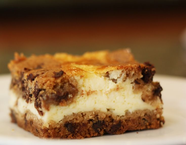 Chocolate Chip Cheesecake Bars – Sew Much Ado