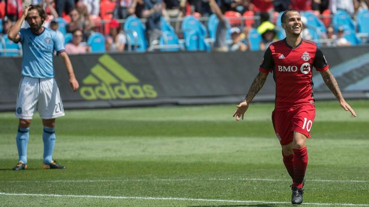Sebastian Giovinco 'maybe the best that has ever played' in MLS - Greg Vanney